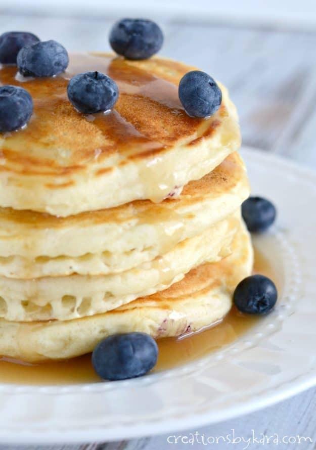 Homemade blueberry pancakes recipe. A simple blueberry pancake recipe that makes light and fluffy pancakes.